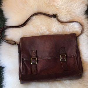 Gorgeous Vintage Leather Crossbody Messenger Bag